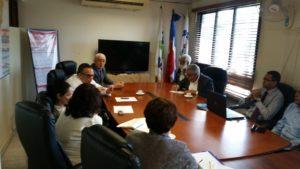 El titular del Ministerio de Administración Pública (MAP), Lic. Ramon Ventura Camejo, encabezó reunión de evaluación y planificación con autoridades de la Dirección Regional de Salud en Santiago